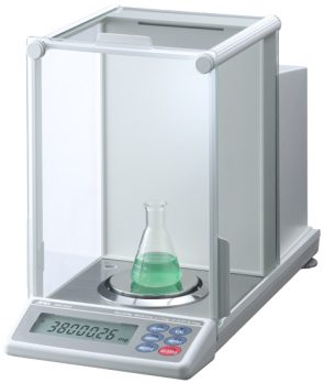 and-analytical-balance-gh-252-01-23oct19