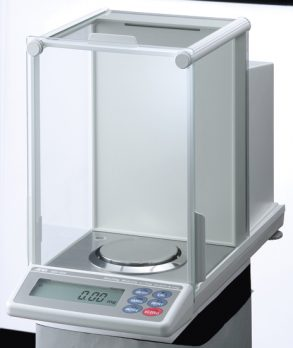 and-analytical-balance-gh-252-03-23oct19